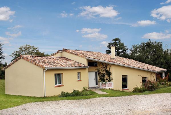 maison classique en construction